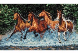 Counted Cross Stitch: Galloping Horses